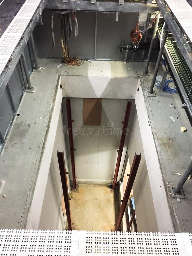 Зазор в новой чистой комнате для конструкции лифта подъема, промышлен стоковое изображение
