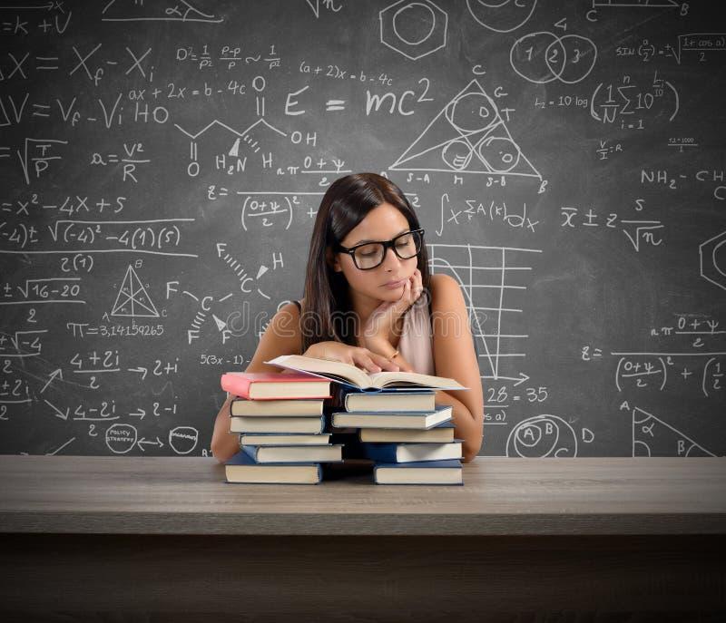 Заинтересованный учитель стоковые фото