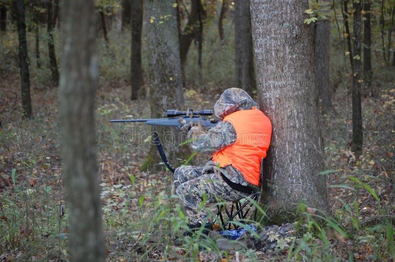 закамуфлированный охотник стоковое изображение rf