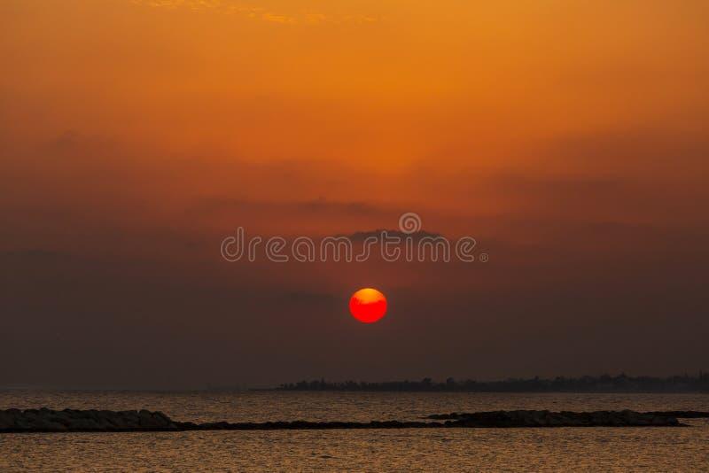 Закат моря стоковое изображение rf
