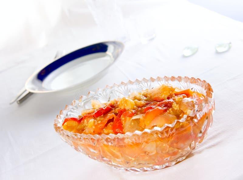 законсервированная ваза салата стоковая фотография