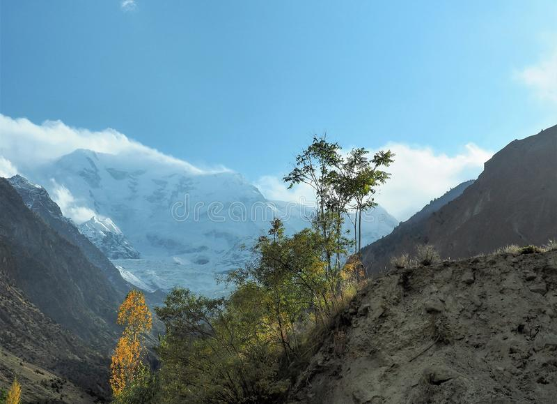 Закройте вверх горного пика ледника Rakaposhi, Nagar, Gilgit†«Baltistan, Пакистана стоковые изображения
