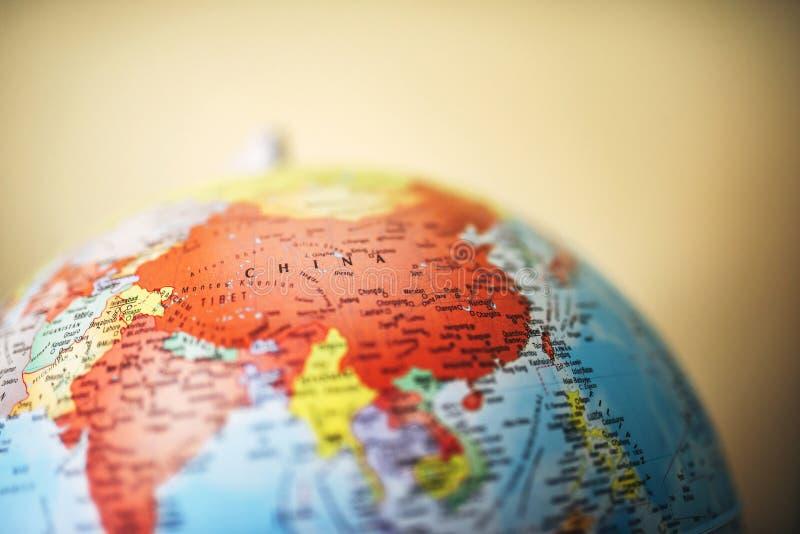 Закройте вверх Китая на глобусе стоковая фотография rf