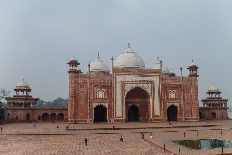 Закройте вверх мечети в комплексе Тадж-Махала, Агре стоковая фотография