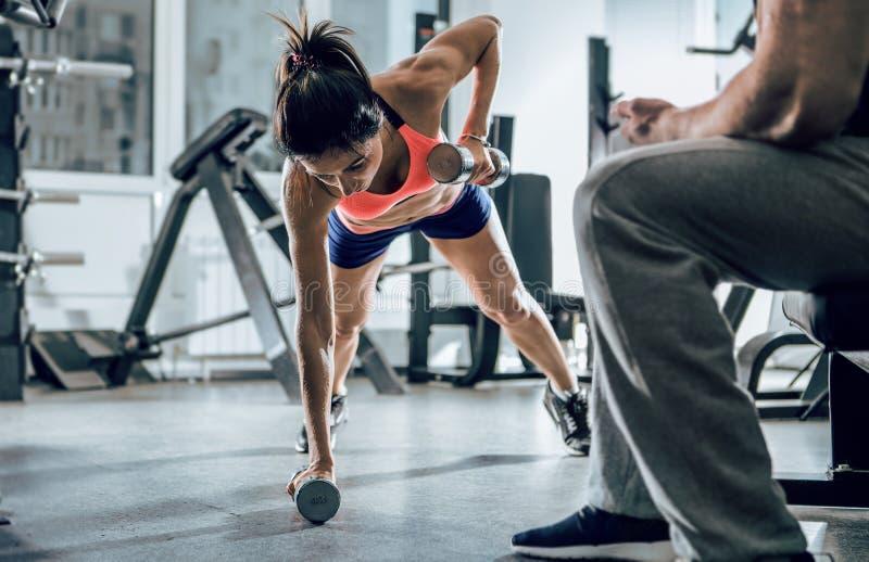 Закройте вверх по изображению женщины фитнеса стоковые изображения