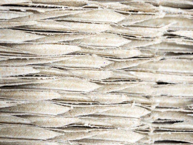 Закройте вверх по коричневому рифлёному картону, абстрактной предпосылке и tex стоковое фото