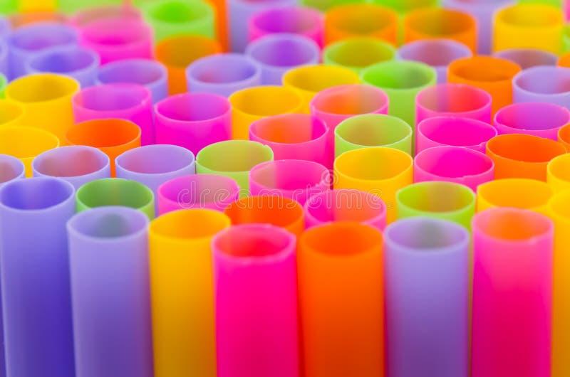 Download Закройте вверх по красочному предпосылки выпивая соломы Стоковое Фото - изображение насчитывающей взрыв, bryce: 41655838