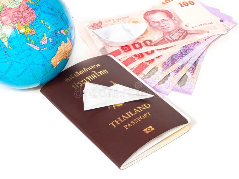 Закройте вверх по путешествовать пасспорт документов, глобус стоковое изображение