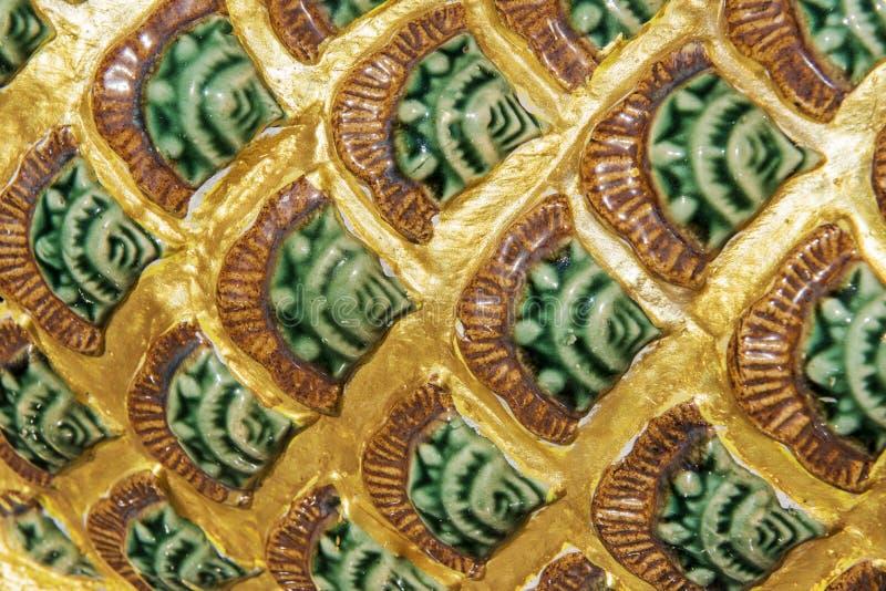 Закройте вверх по тайской статуе дракона в виске Таиланда стоковые изображения