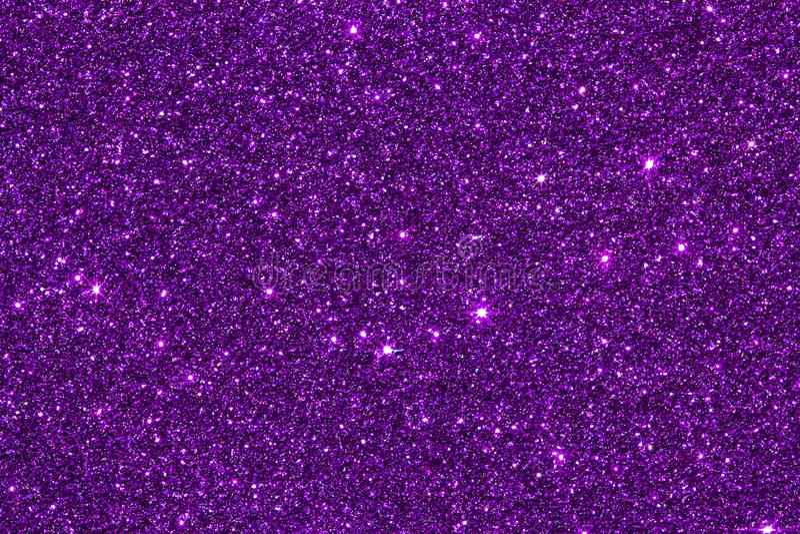 Закройте вверх по фиолетовой фиолетовой текстуре яркого блеска, feative сияющему backg стоковые фото
