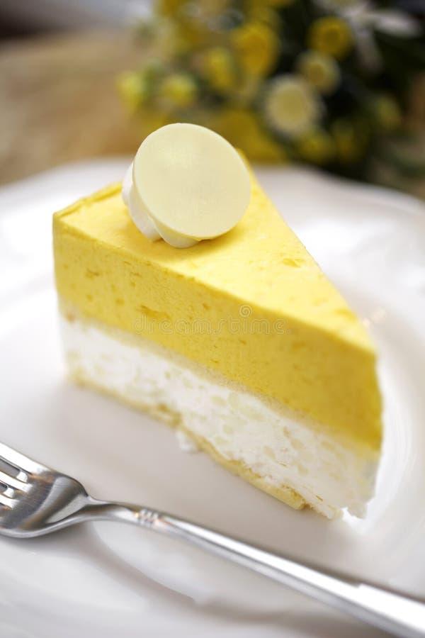 Download Закройте вверх по чизкейку лимона Стоковое Фото - изображение насчитывающей свеже, closeup: 41654984