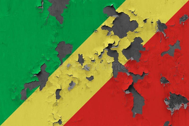 Закройте вверх по grungy, поврежденному и выдержанному флагу Республики Конго на стене слезая с краски для того чтобы увидеть вну иллюстрация штока