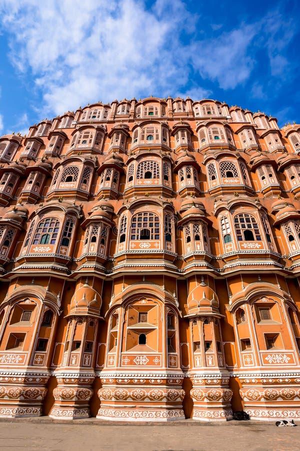 Закройте вверх по Hawa Mahal, дворцу ветров стоковая фотография