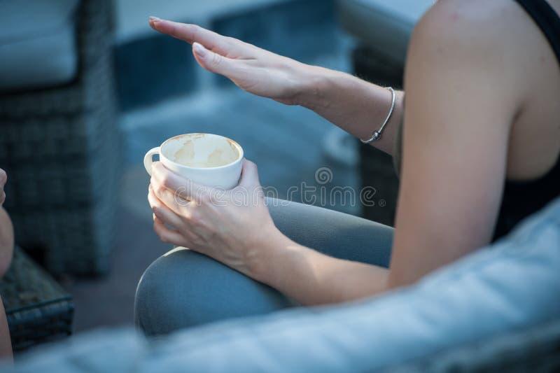 Закройте вверх пустой кофейной чашки стоковое фото rf