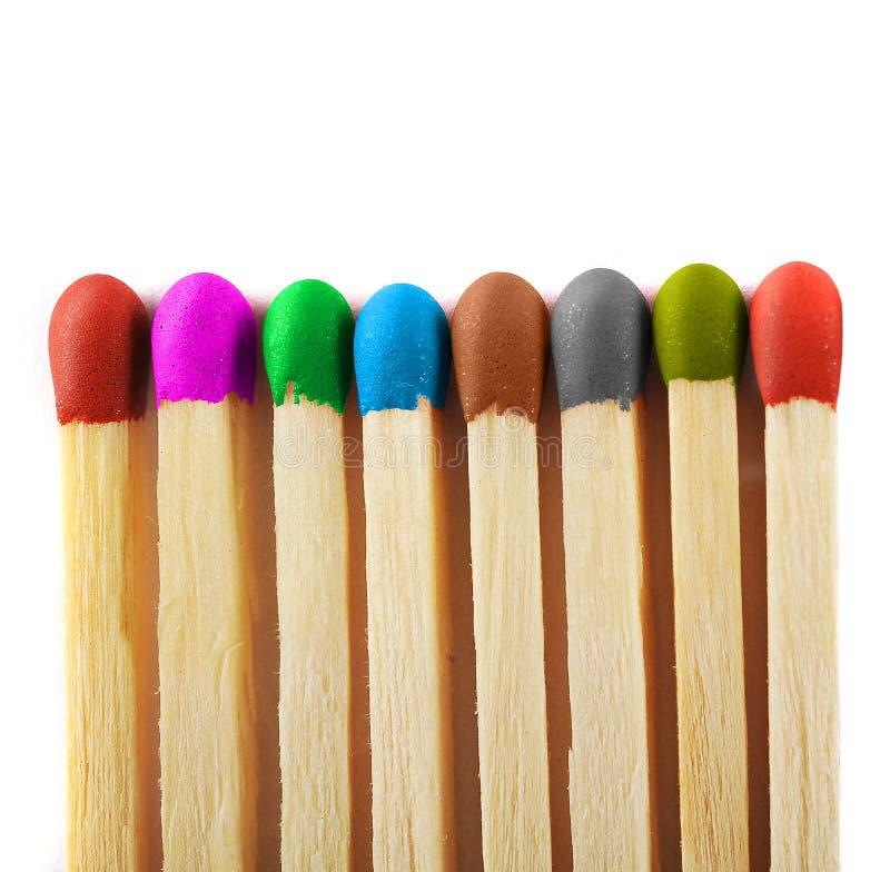 Закройте вверх спичек различных цветов стоковое изображение rf