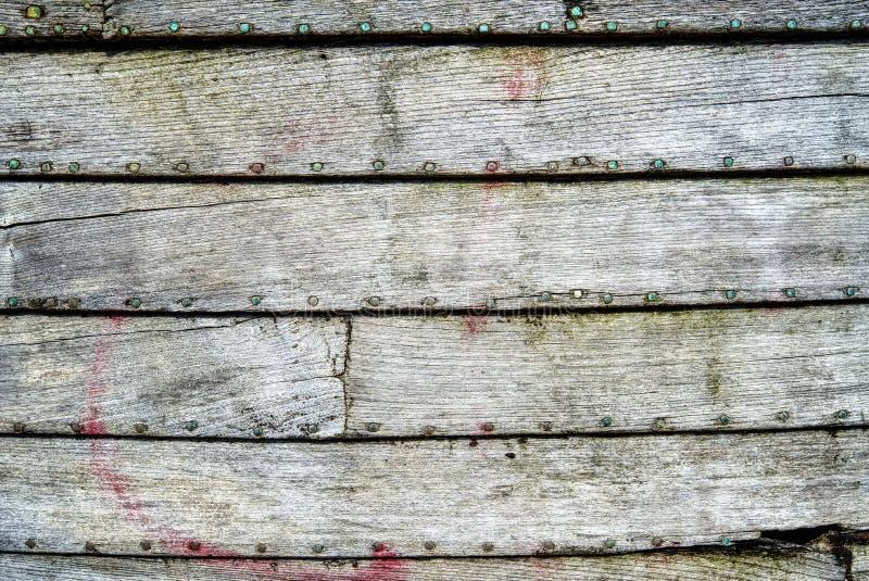 Закройте вверх старых деревянных планок шлюпки стоковые изображения rf