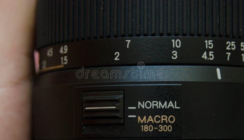 Закройте вверх телескопичного lense макроса, переключателя между нормальным и режима макроса стоковое изображение