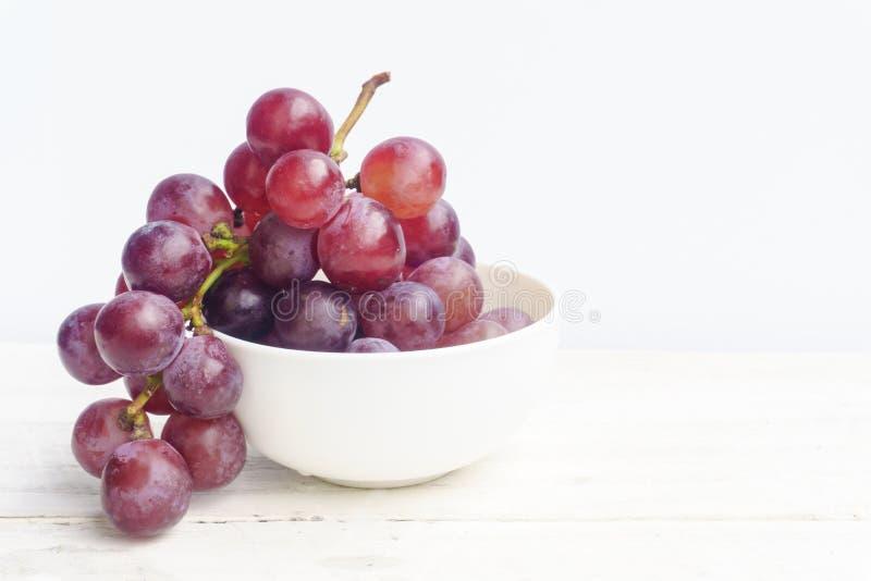 Закройте вверх шара белой виноградины стоковые фото