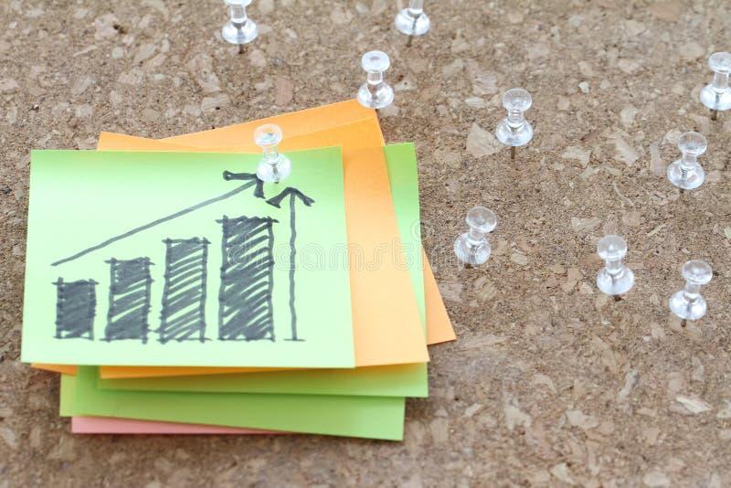 Закройте вверх штыря и нарисованной рукой диаграммы диаграммы стратегии бизнеса стоковое фото rf