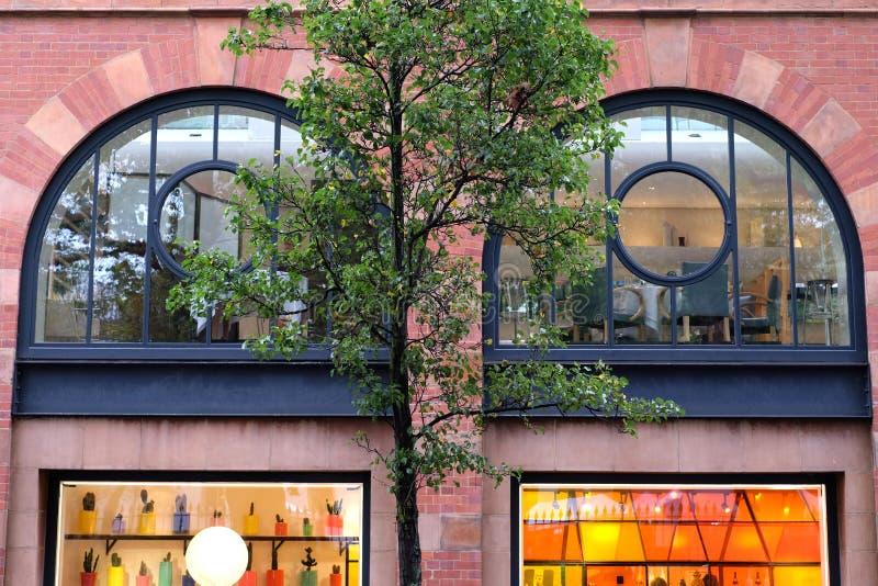 Закройте вверх экстерьера магазин Conran, главную улицу Marylebone, Лондон Великобританию стоковое изображение rf