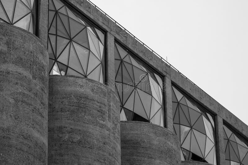 Закройте вверх экстерьера музея Zeitz Mocaa современного искусства Африки  стоковая фотография rf