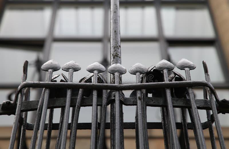 Закройте вверх экстерьера школы Глазго здания искусства, Глазго Великобритании, конструированного архитектором Charles Rennie Mac стоковая фотография