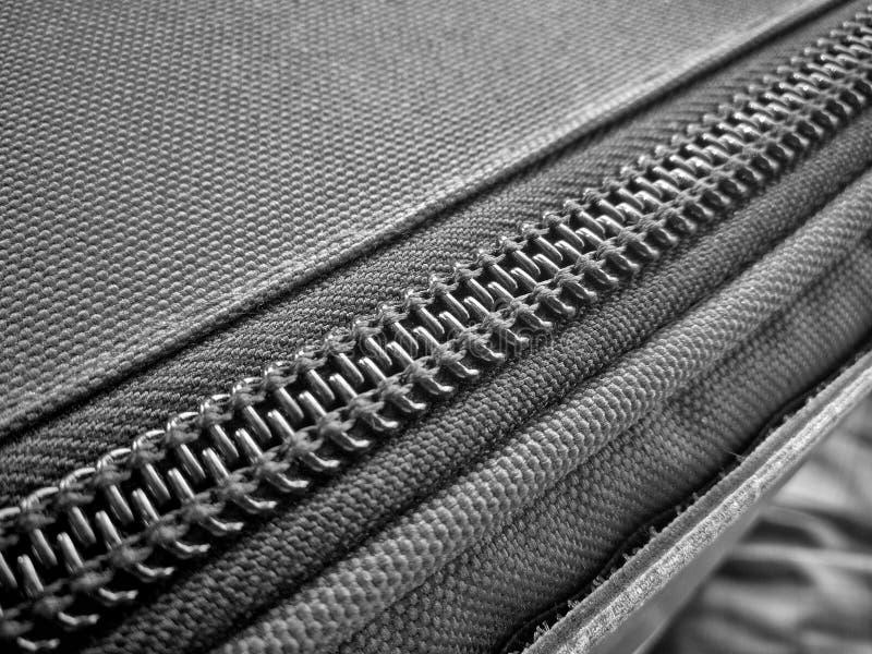 Закрытая молния в черно-белом стоковая фотография rf