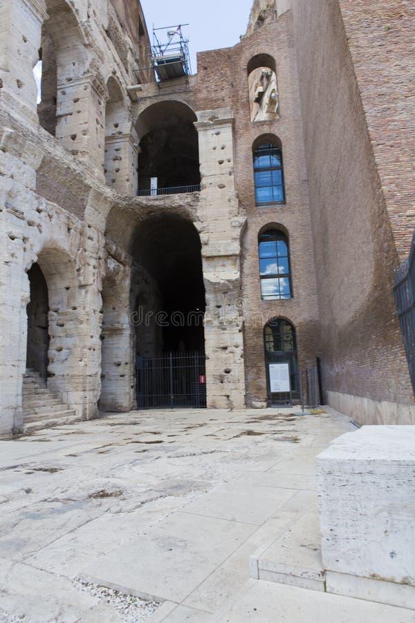 Закрытая часть Colosseum для восстановления стоковые фото