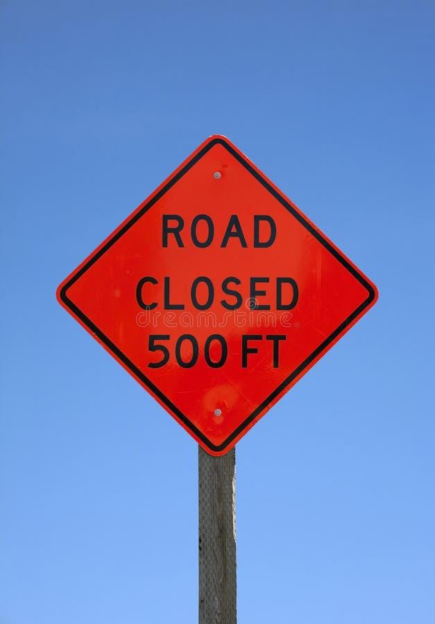 закрытые ноги 500 дорожного знака стоковые изображения