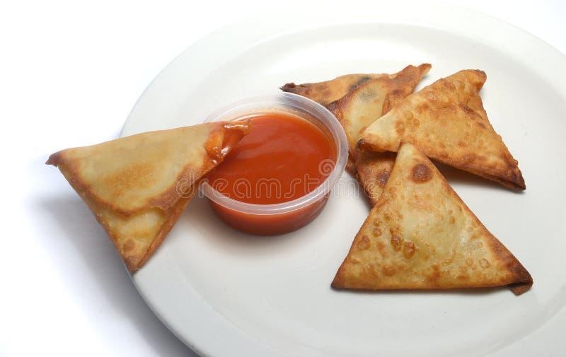 Закуска и chili Samosa стоковая фотография