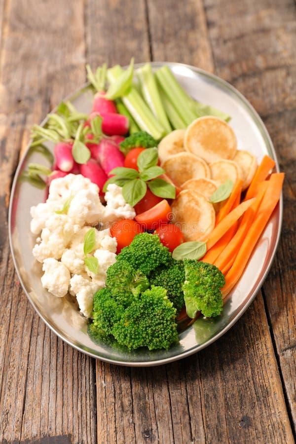 Закуска свежего овоща стоковое изображение rf