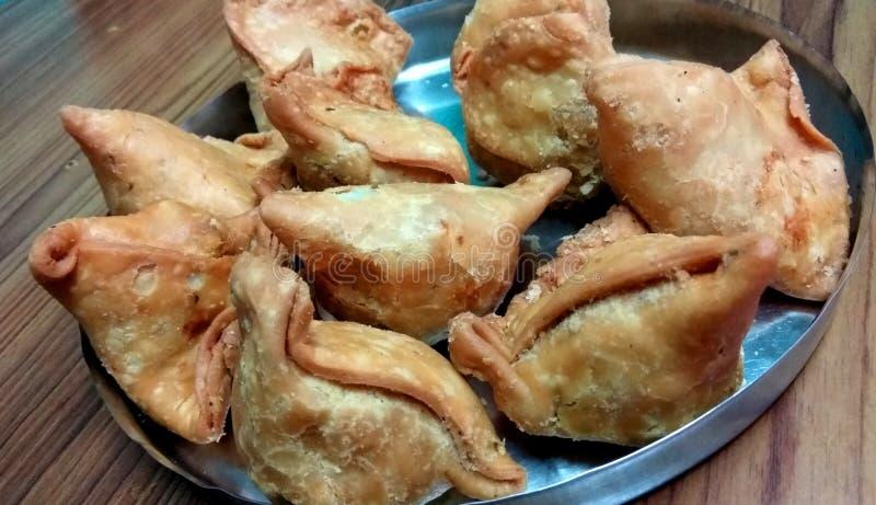 Закуска Samosa калории стоковые фотографии rf