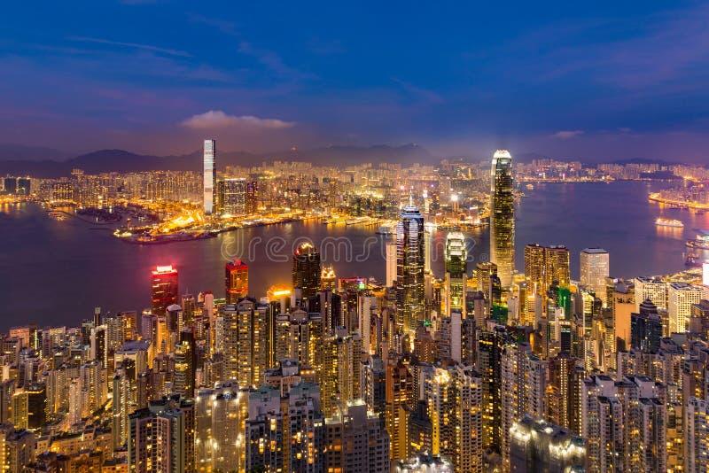 Залив Виктории Twilight дела Гонконга взгляда ночи городской излишек стоковые фотографии rf