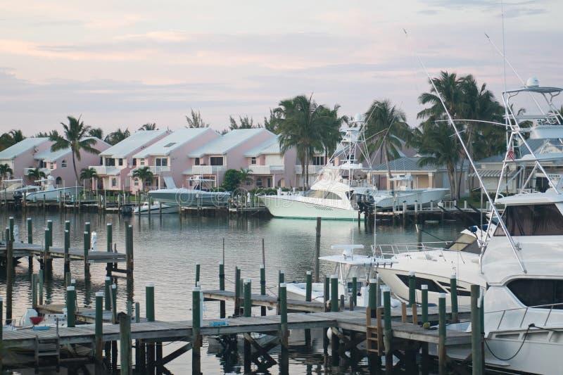 Залив курорта Cay сокровища на большом Abaco, Багамских островах стоковые изображения
