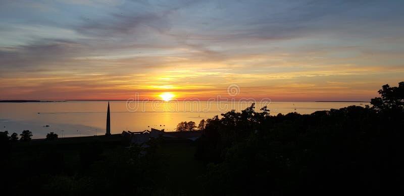 Залив Таллина на заходе солнца стоковые изображения
