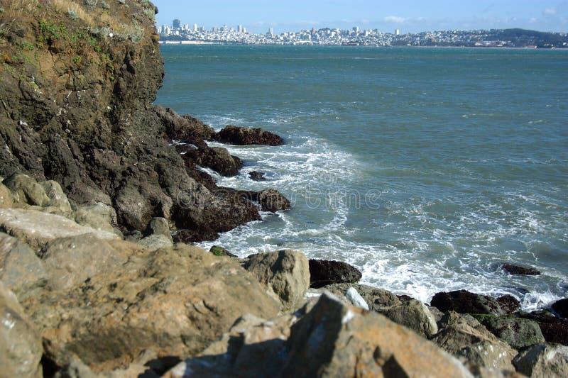 Download залив francisco трясет san стоковое фото. изображение насчитывающей утес - 89848