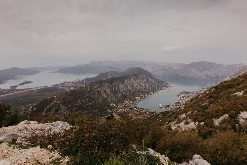 Залив Kotor от высот стоковое фото rf