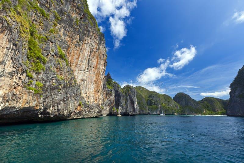 Залив Maya, остров Phi Phi, Таиланд стоковые фото