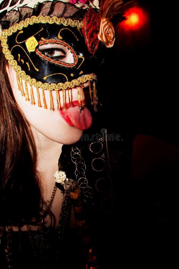 замаскированная женщина стоковая фотография