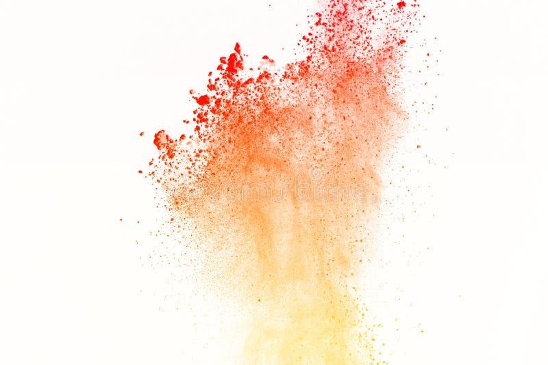 Замерзните движение красочного взрыва пыли на белой предпосылке ST стоковые фотографии rf