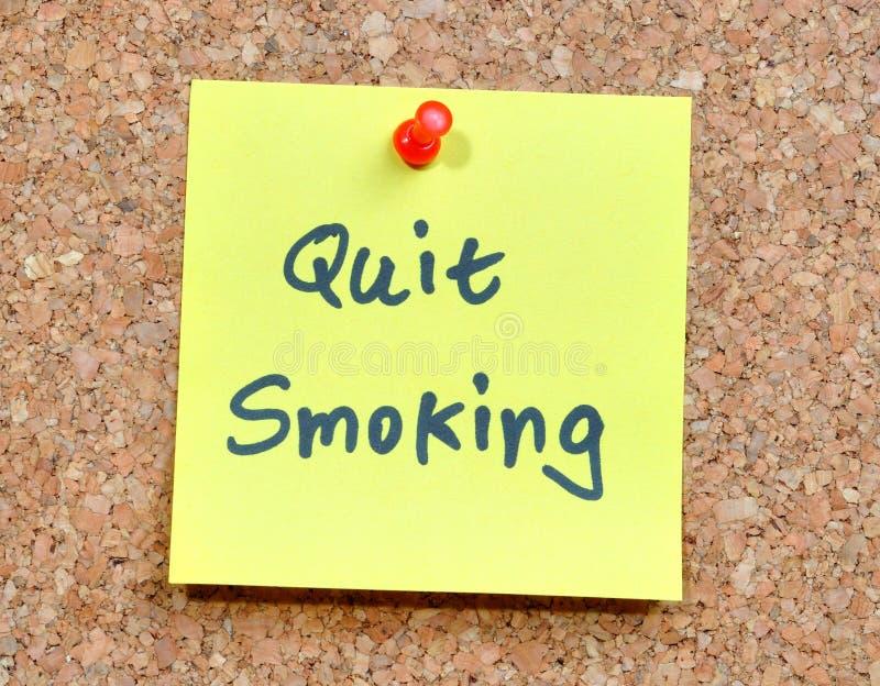 заметьте прекращено курить липкий желтый цвет стоковые фотографии rf
