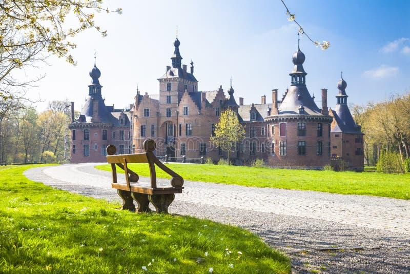 Замки Бельгии Ooidonk, восточной Фландрии стоковые изображения