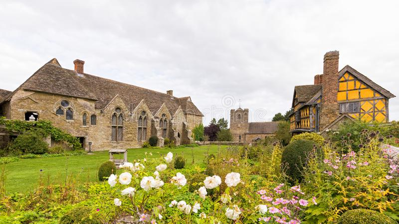 замок Англия shropshire stokesay стоковая фотография rf