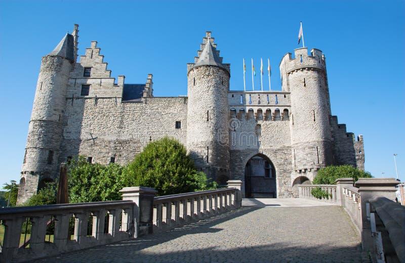 Download Замок Антверпена - Steen стоковое изображение. изображение насчитывающей вечер - 33727971
