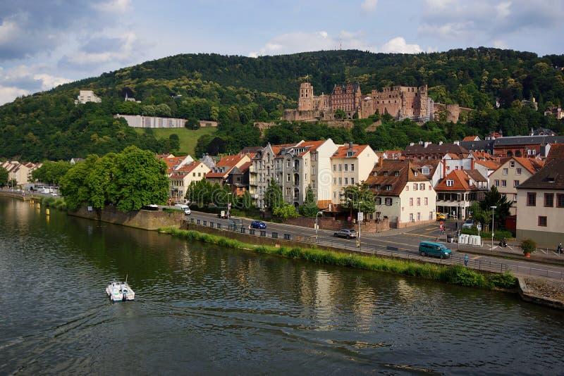 Замок берега реки стоковое фото rf