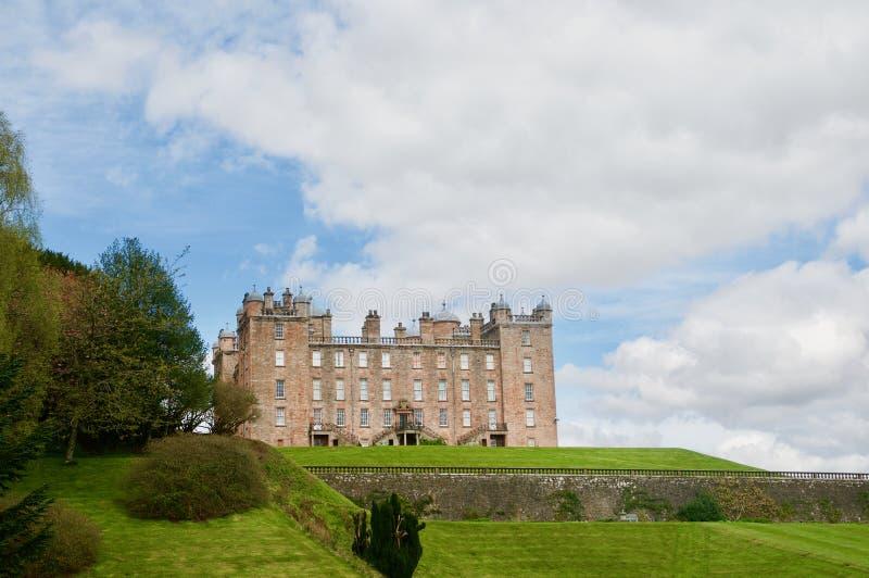 Замок в ландшафте стоковая фотография