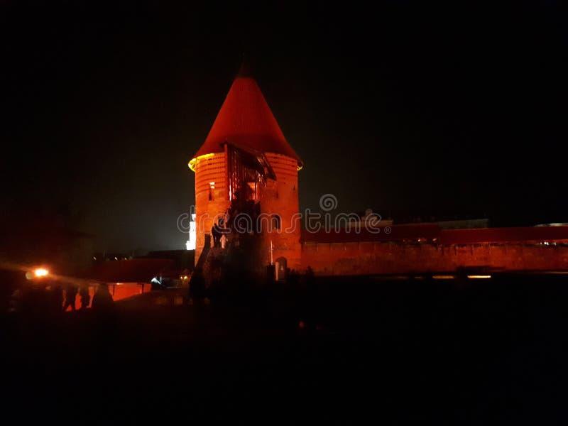 Замок в темноте стоковые фотографии rf