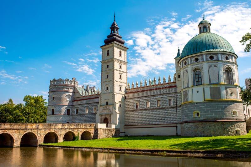 Замок в юговосточной части Польши стоковые изображения rf
