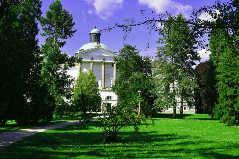 Замок в Topolcianky, Словакии стоковое фото