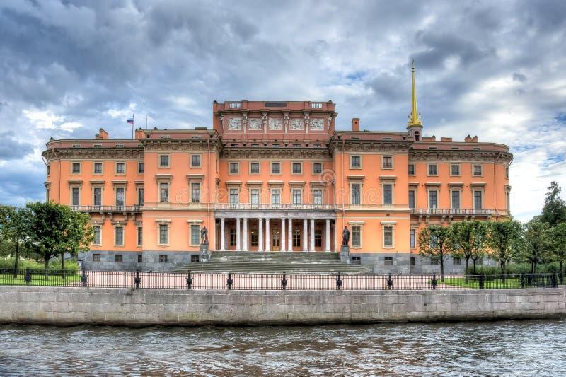 Замок ` замка или инженеров Mikhailovsky замка ` s St Michael, Санкт-Петербург, Россия стоковые фотографии rf